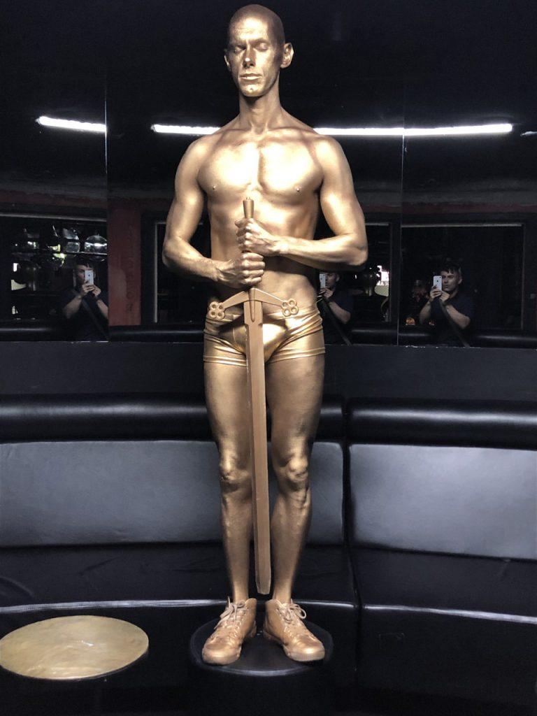 Oscar body paint