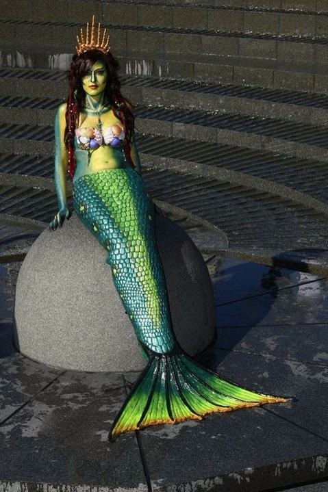 darling harbour mermaid